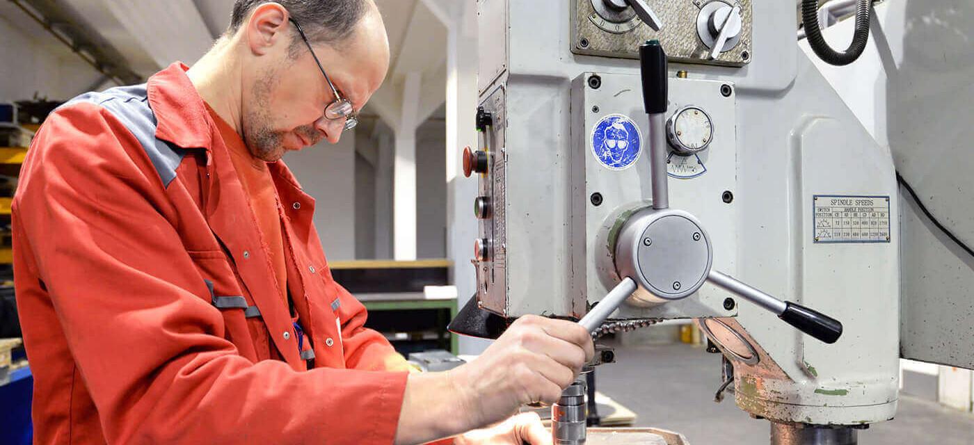 Header für Produktionsmitarbeiter (m/w/d) Qualitätskontrolle