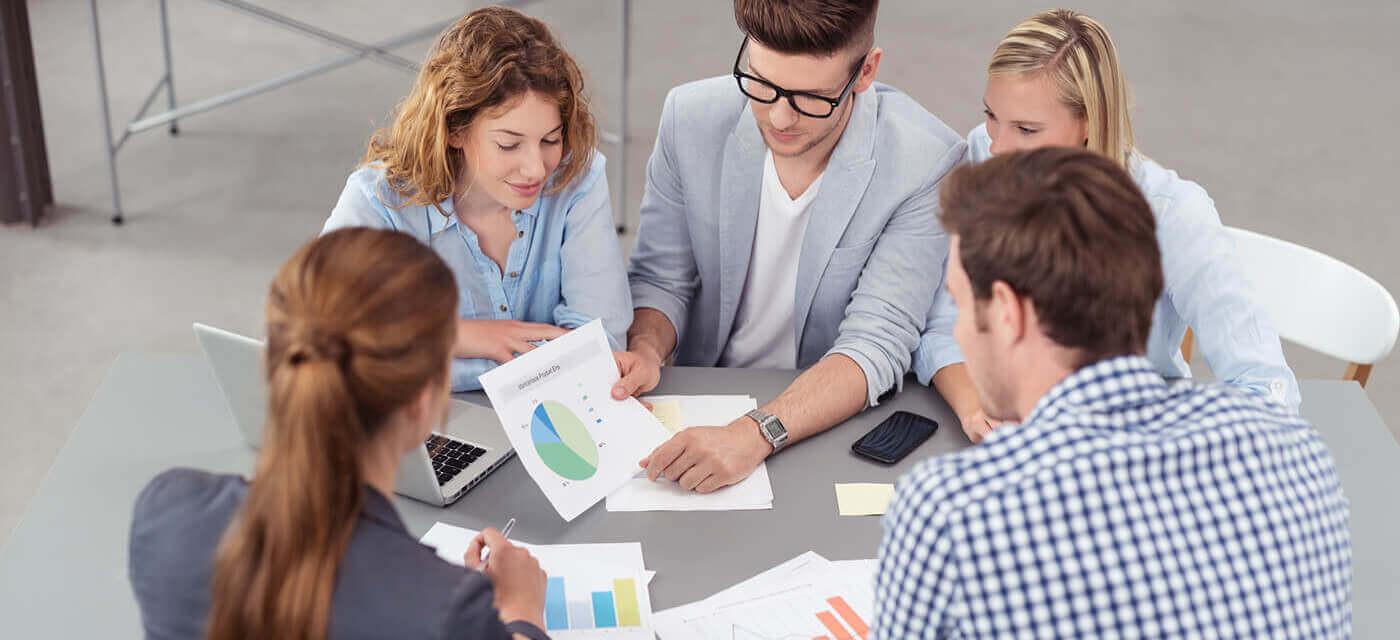 Header für Marketingmitarbeiter (m/w/d)