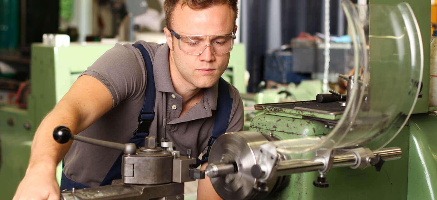 Header für Werkzeugmechaniker - Stanz- und Umformtechnik (m/w/d)